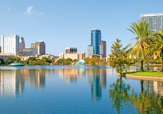 Discover things to do during your Orlando vacation besides Disney, Universal Studios and Mickey Mouse. Explore the many restaurants and nightlife of downtown Orlando. Florida City, Florida Usa, Orlando Vacation, Orlando Florida, Universal Studios, Universal Orlando, Bluegreen Vacations, Disney Parque, Lake Eola