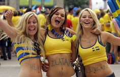 FIFA World Cup starts today and here is a huge sexy World Cup fans post. Sexy girls from all over the world. Enjoy FIFA World Cup starts today and here is a huge sexy World Cup fans post Soccer Fans, Soccer World, Football Fans, Football Cheerleaders, Swedish Women, Swedish Girls, Fun Facts About Sweden, Hot Fan, Football Girls
