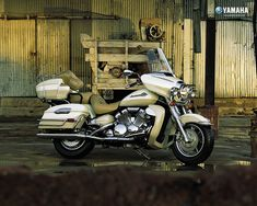 Artistic Yamaha Motorcycles from the last 11 Years   - Yamaha Motor 2000 Models - 2000 Yamaha Road Star Motor 3