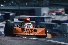 Vittorio Brambilla at the Spanish GP 1976 retired.