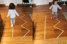 Aprenda a fazer brincadeiras com um material super simples, barato e fácil de carregar na bolsa.