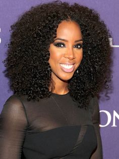 We%20love%20Kelly%20Roland's%20wet%20and%20wavy%20beautifully%20textured%2C%20voluminous%20look.%0A  - ELLE.com