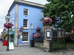I heart Glastonbury....big time....So do I!!