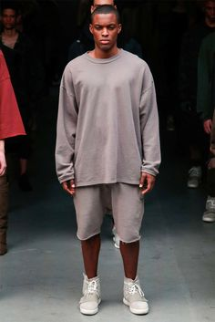 Kanye-West-x-adidas-Originals-YEEZY-SEASON-1_fy8 Kanye West, Fashion Week, Fashion Show, Mens Fashion, Street Fashion, Yeezy Season 1, Yeezy Outfit, Adidas Originals Mens, Moda Masculina