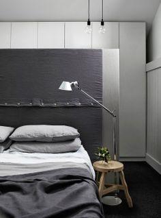 MRS JONES / grey bed