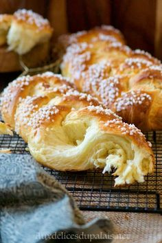 Italian Cookie Recipes, Sicilian Recipes, Cuban Recipes, Donut Recipes, New Recipes, Sicilian Food, Croissant Dough, Coffee Bread, New Orleans Recipes