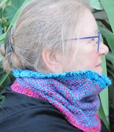 Ravelry: Linen Stitch Cowl pattern by Sue Beard