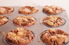 Rocky Road, Food Inspiration, Nom Nom, Cupcakes, Cooking, Breakfast, Eat, Nice, Muffin