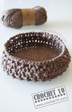 Cestillo a Crochet con Punto Relieve - Patrón Gratis en Español http://crochet10.com/2014/05/cestillo-de-ganchillo-con-punto-relieve/
