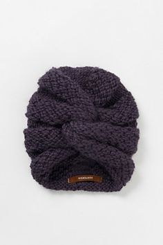 knitted turban from anthropologie - someone pleeeease come out with a pattern for this, I can't figure out the swirl! Uk Fashion, Knit Fashion, Knit Crochet, Crochet Hats, Couture, Fiber Art, Knitted Hats, Knitting Patterns, Crafts