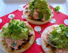 Arepas con Salmon y Aguacate (Arepas with Salmon and Avocado)