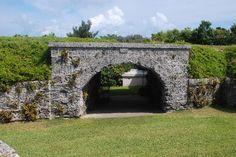 Fort Hamilton Bermuda1 im Bermuda Reiseführer http://www.abenteurer.net/1038-bermuda-reisebericht/