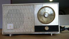 Vintage Zenith Tube Radio S-56957 Chassis by VINTAGERADIOSONLINE