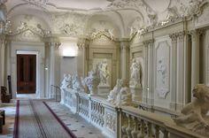 Giovanni Giuliani - Lichtenštejnský palác, schodiště, 1702-4