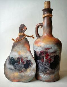 decoupage bottle Wine Bottle Art, Painted Wine Bottles, Diy Bottle, Painted Wine Glasses, Bottle Vase, Wine Bottle Crafts, Bottles And Jars, Glass Bottles, Altered Bottles