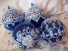Scent of Jasmine: Lace blue