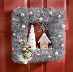 AllFreeChristmasCrafts has Christmas crafts for kids and adults. You'll find glitter ornaments, snowman Christmas crafts,Christmas angel crafts, recycled card projects, free projects and DIY gift ideas as well as Christmas craft and decoration ideas. Christmas Frames, Christmas Projects, All Things Christmas, Christmas Holidays, Christmas Swags, Cheap Christmas, Burlap Christmas, Homemade Christmas, Merry Christmas
