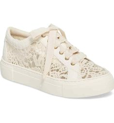 ed8ada734f50 AGL NIB Embroidered Lace Platform Sneakers Off White Size 40 10 Retail  380