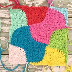 Crochet Quilt, Crochet Blocks, Crochet Squares, Crochet Motif Patterns, Crochet Designs, Crochet Stitches, Drunkards Path Quilt, Freeform Crochet, Crochet Projects