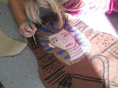 Egyptian Art Project  http://cassiestephens.blogspot.com/2012/01/smartest-artist.html#