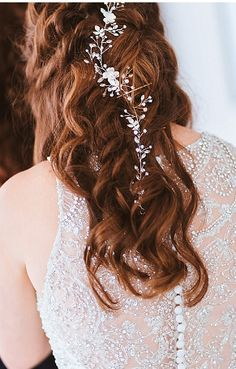 Jill Tiongco Photography specializes in authentic Chicago Weddings. Wedding Hairstyles For Long Hair, Hair Wedding, Pond Wedding, Chicago Photography, Lily Pond, Chicago Wedding, Wedding Pictures, Long Hair Styles, Beauty
