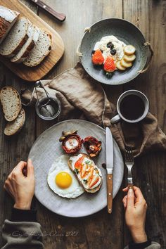 Food Photography 540713499015418873 - Source by justmemorgane Breakfast Photography, Food Photography Styling, Photography Editing, Photography Lighting, Portrait Photography, Morning Photography, Photography Sketchbook, Photography Hashtags, Photography Flowers