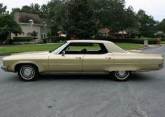 1972 Oldsmobile 98 Regency Sedan Tiffany Edition