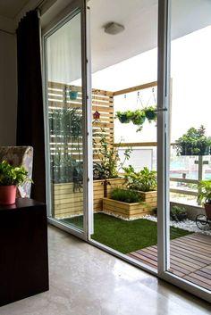 65 ideas for apartment balcony flooring small patio Small Balcony Design, Small Balcony Garden, Outdoor Balcony, Terrace Design, Small Patio, Patio Design, Balcony Ideas, Small Balconies, Patio Ideas