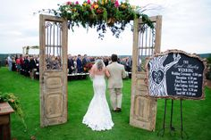 southern wedding outdoor chapel2 Vibrant South Carolina Wedding by Sara Parker