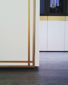 Resultado final... armario lacado blanco negro y oro. #armarios #lacado #interiorismo #diseño #wardrobe