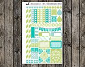 Item #0139-A // VERTICAL Planner // Green Damask Collection // Weekly Sampler