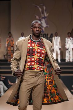 Stylish ideas for traditional african fashion 491 African Inspired Fashion, African Men Fashion, Africa Fashion, African Fashion Traditional, Ankara Fashion, African Women, Style Noir, Mode Style, African Attire