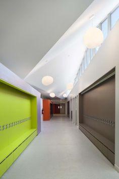 Groupe Scolaire Normandie-Niemen / Gaetan Le Penhuel Architectes   ArchDaily