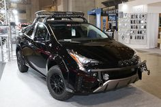 Custom Car Contest | TOKYO AUTO SALON 2017 Toyota Prius, Future Car, Custom Cars, Cars And Motorcycles, Offroad, Salons, Tokyo, Cool Designs, Vehicles