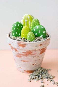 CUTE! DIY Rock Cacti!  http://www.flyingburritobrothers.co.nz