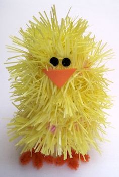 This cute little chick is made from garland!  Find the instructions at Crafty Journal.