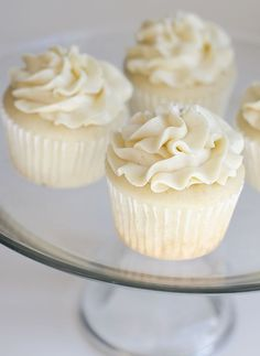 Very Vanilla Cupcakes - would love to have it on my wedding and make them in my own home