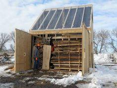 Solar Holztrockner - Tools and Workshop Ideas - Deneme 1 Lumber Mill, Wood Mill, Lumber Storage, Wood Storage, Woodworking Wood, Woodworking Projects, Solar Kiln, Alternative Energie, Wood Shed