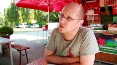 Uno #chef di fama internazionale, cuoco in uno dei più prestigiosi ristoranti italiani (La Pergola, Roma, 3 Stelle Michelin), alla scoperta dello #streetfood di #Rimini. Heinz Beck ci parla di cibo sano, di dieta corretta, e della sua ricerca nel settore.