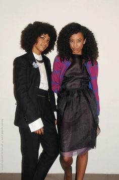 Two awesome natural hair singers/musician: Esperenza Spalding & Corrine Bailey Rae