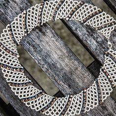 Subtle spiral ✨💎✨ - #swarovskielements #swarovskicrystals #swarovski #rosegold #crystals #czechbeads #cream #nude #rose #handmade #jewelry…