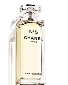 channel 5 perfume - the signature scent of famous beauties all over the world.  the chemistry is unmistakable.