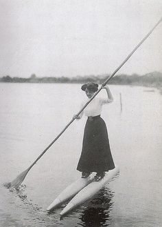 Date unknown  Boat shoes.  (viaADiamondFellFromTheSkyand dreams like that)