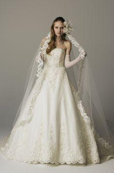 桂由美 wedding dress White Wedding Dresses, Wedding Dress Styles, Wedding Party Dresses, Bridal Dresses, Fairytale Dress, Party Wear Dresses, Lovely Dresses, Marie, Couture
