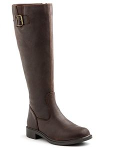 Women's size 9 - Brown  or $120 gift card to REI for them and I'll get them the next time I go in