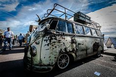 Rat Bus by tcr18h, via Flickr