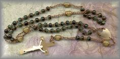 Rosary Workshop: Museum - (Horn Rosaries)