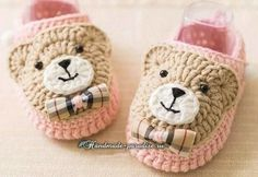 Ideas for baby shoes diy free crochet sandals Crochet Sandals Free, Crochet Baby Boots, Knit Baby Booties, Crochet Bebe, Baby Girl Crochet, Crochet Slippers, Free Crochet, Crochet Hats, Crochet Cat Pattern