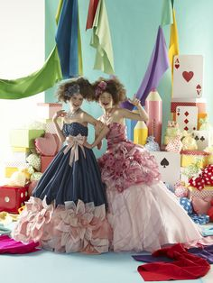 Japanese color dresses. This looks so interesting! I'd love to do this!!
