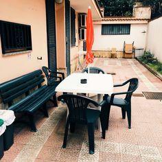 Prenota la tua #vacanza in #Pompei vicino agli Scavi. Piscina, Wi-Fi, #appartamenti arredati !!! Prenota subito su www.pompeishortlets.com Whatsapp 3349332434 #summer #estate #pompeiapartments